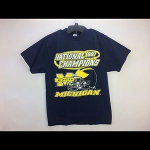 Michigan wolverines 1997 national champions shirt
